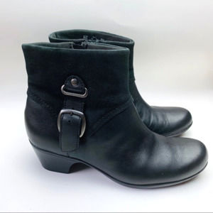 Clark's Black Leather Booties Size 8.5
